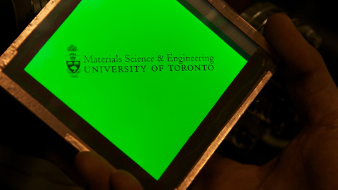 Green Cl-OLED by U of T's Helander, Wang and Lu