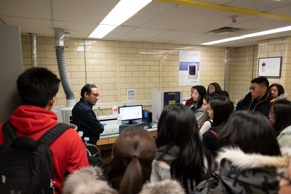 Applicant Event - Walter Curlook Lab tour